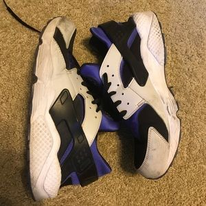 Nike air huarache persian violet size 13